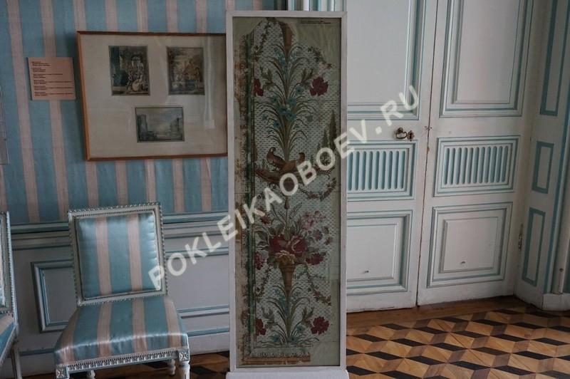 """Единственный уцелевший фрагмент бумажных стенных покрытий 18-го века, так называемые """"бумажки"""""""
