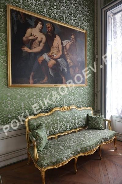 Произведения искусства и изысканная мебель в усадьбе Кусково