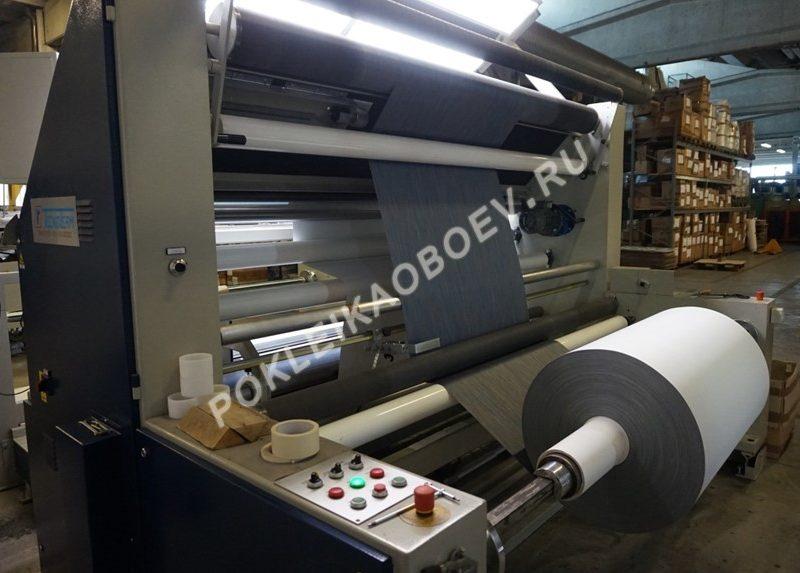 Ежемесячно с завода итальянской компании выходит до 100 тысяч метров текстильных обоев.