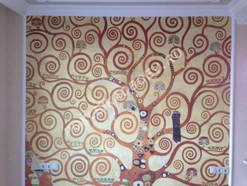 Изысканная фреска в спальне